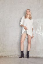 Malin Knit Top Creme and Vika Leather Short Grey