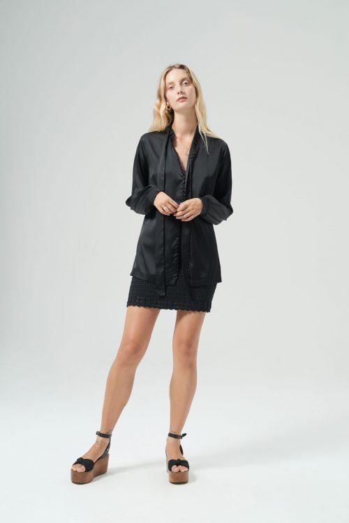 Ainsley silk shirt black River crochet shirt black front 2